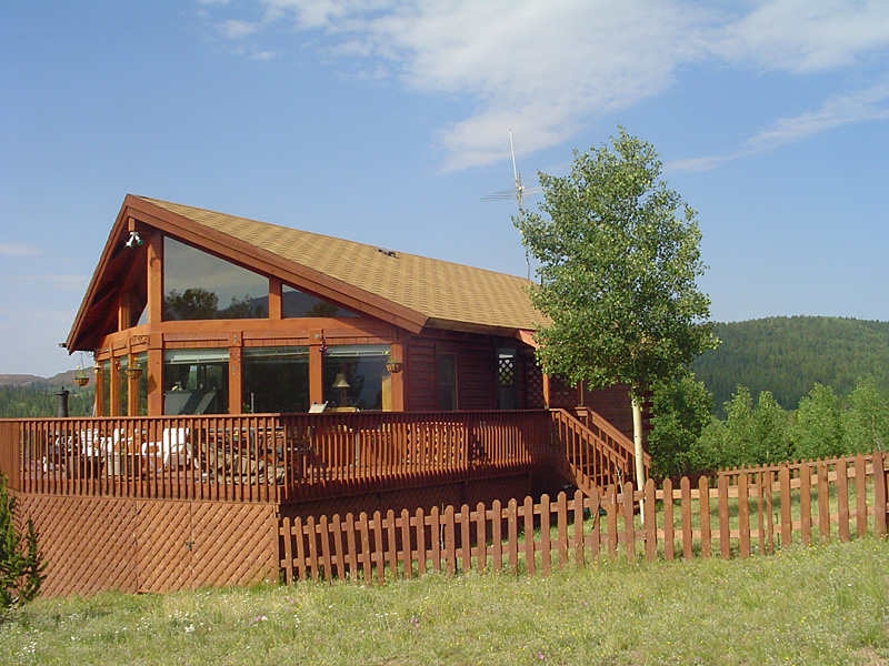 Log Home On 8.59 Acres With Hot Tub And 360 Degree Views